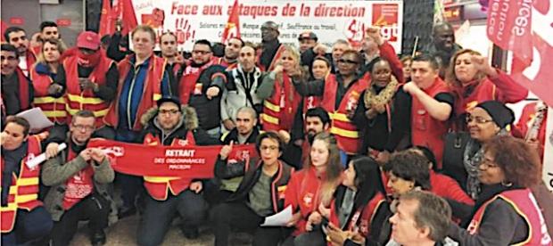 Grève Carrefour Courbevoie