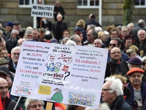 15 mars 2018 – Des dizaines de milliers de retraités ont manifesté dans 156 villes contre la hausse de la CSG ponctionnant leur pouvoir d'achat.